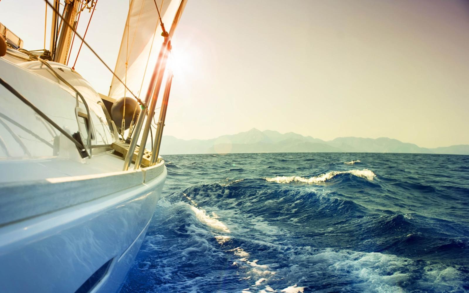 sails-front1